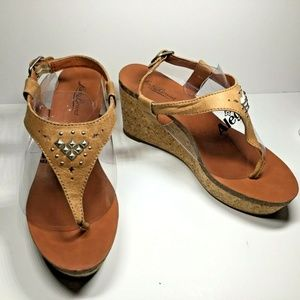 Lucky Brand Platform Toe Thong Leather Sandals 7M
